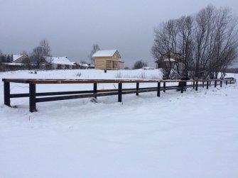 Строительство пирса на винтовых сваях зимой