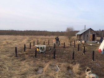 Фундамент из винтовых свай под каркасный дом в деревне Пажецкое