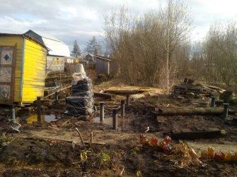 Устройство фундамента под баню в Череповце на винтовых сваях