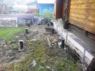 Фундамент под крыльцо к дому на винтовых сваях 18600 рублей
