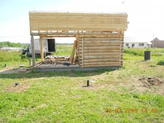 Строительство фундамента на винтовых сваях для двух пристроек