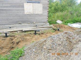 Фундамент на винтовых сваях под веранду к дому