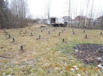 Свайный фундамент под дом 10 на 10. Цена 91000 рублей