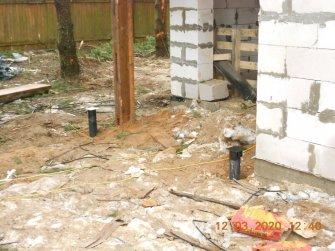 Устройство свайно-винтового фундамента под балки дома